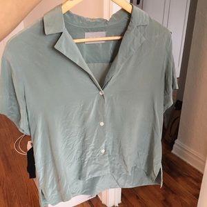 (Hole) Everlane Silk Notch Collar Shirt